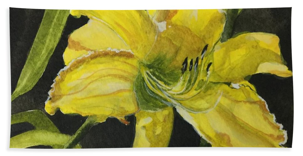 Yellow Beach Towel featuring the painting Daylily Study V by Jean Blackmer