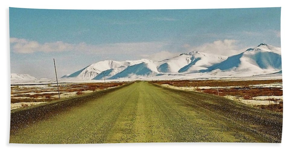 North America Beach Towel featuring the photograph Dempster Highway - Yukon by Juergen Weiss