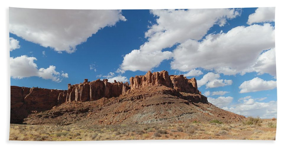Mountains Beach Towel featuring the photograph Desert Mountains by Jeff Swan