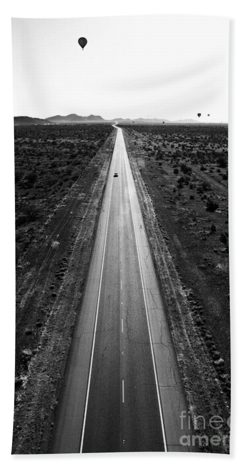 Black & White Beach Towel featuring the photograph Desert Road by Scott Pellegrin