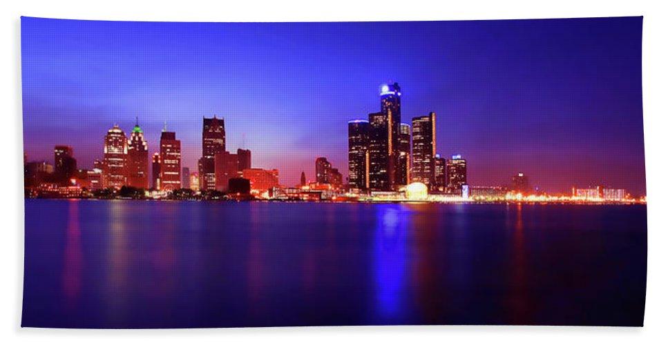 Detroit Beach Towel featuring the photograph Detroit Skyline 3 by Gordon Dean II