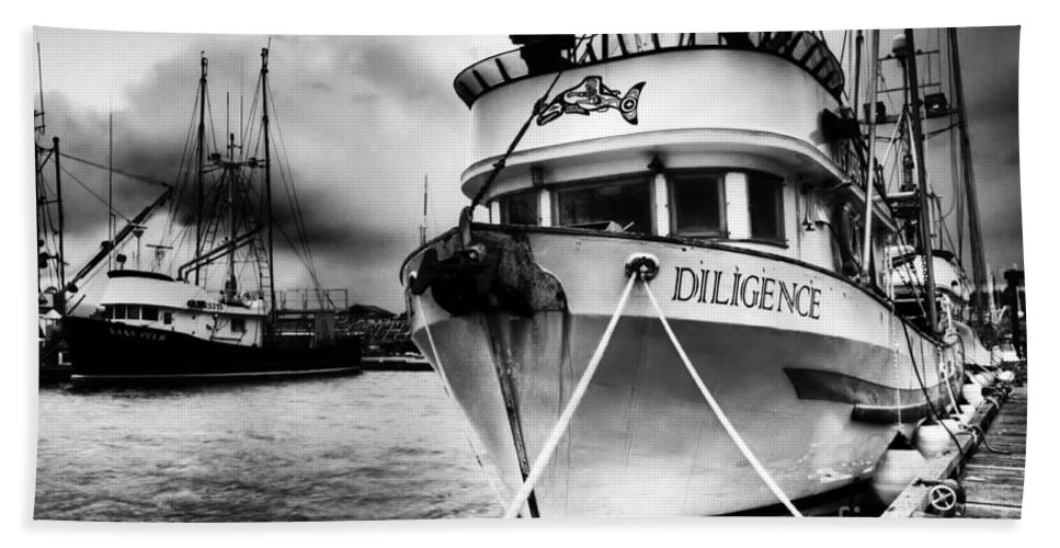 Boats Beach Towel featuring the photograph Diligence Bw by Bob Christopher