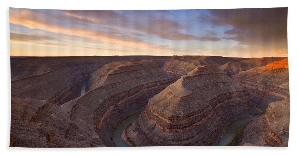 Goosenecks State Park Beach Towel featuring the photograph Doubleback by Mike Dawson