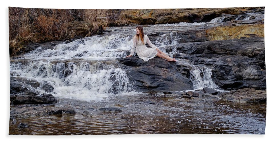 Waterfall Beach Towel featuring the photograph Dreamer by Joshua Wright