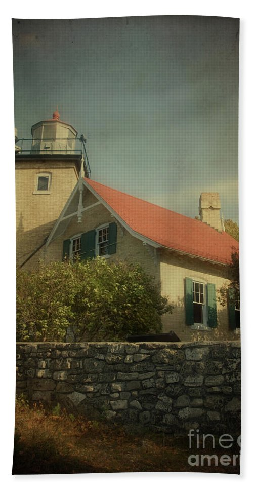 Eagle Bluff Beach Towel featuring the photograph Eagle Bluff Lighthouse by Joel Witmeyer