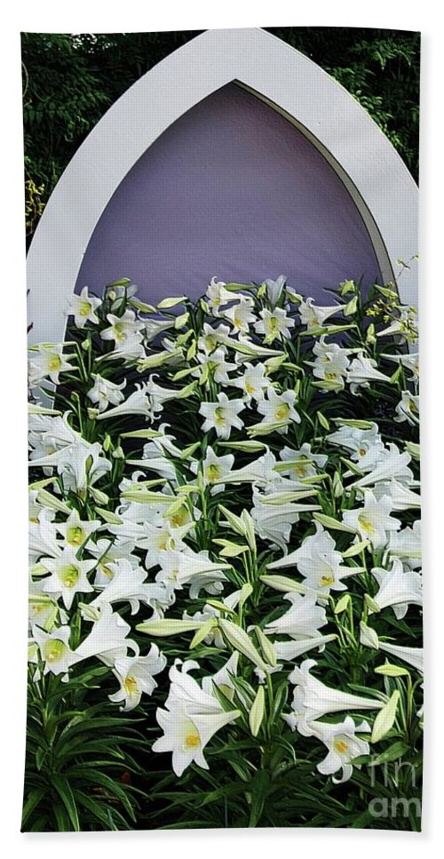Spring Beach Towel featuring the photograph Easter Lillies by Kathleen Struckle