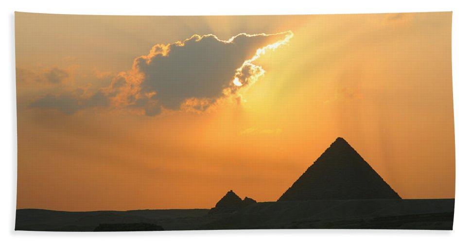 Pyramid Beach Towel featuring the photograph Egpytian Sunset Behind Cloud by Donna Corless