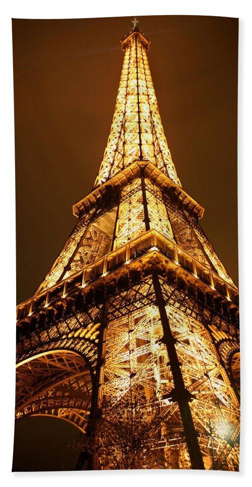 Eiffel Beach Sheet featuring the photograph Eiffel by Skip Hunt