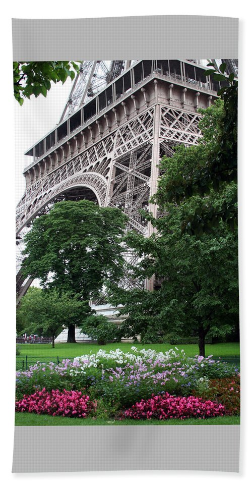 Eiffel Beach Towel featuring the photograph Eiffel Tower Garden by Margie Wildblood
