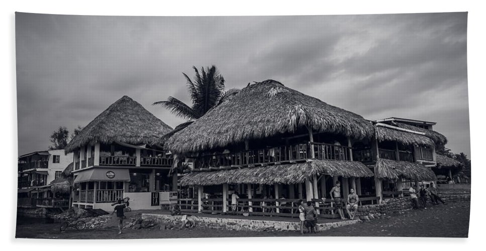 Surfer Beach Towel featuring the photograph El Tunco Iv by Totto Ponce