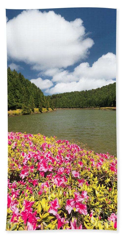 Portugal Beach Towel featuring the photograph Empadadas Lakes II by Gaspar Avila
