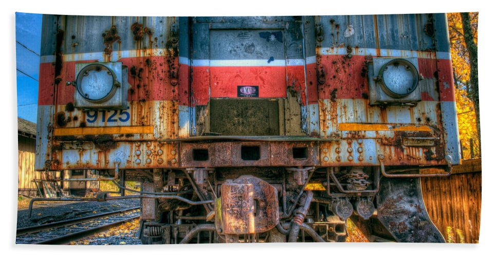 Train Beach Towel featuring the photograph End Of The Line by William Jobes
