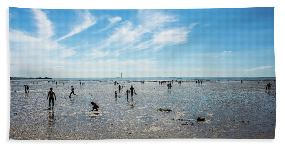 Essex Beach Towel featuring the photograph English Summer by Jonathan Harbourne