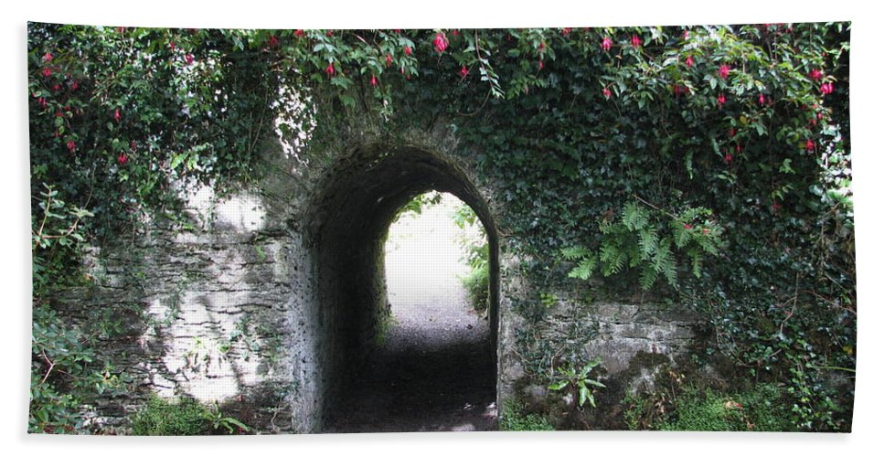 Derrynane Beach Towel featuring the photograph Fairy Bridge by Kelly Mezzapelle