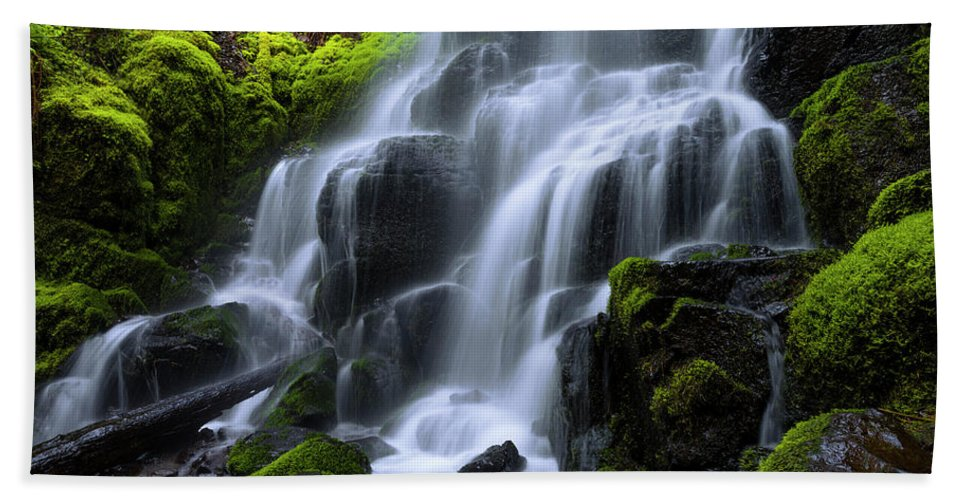 Falls Beach Towel featuring the photograph Falls by Chad Dutson