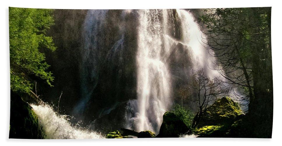 Falls Creek Beach Towel featuring the photograph Falls Creek Falls by Albert Seger