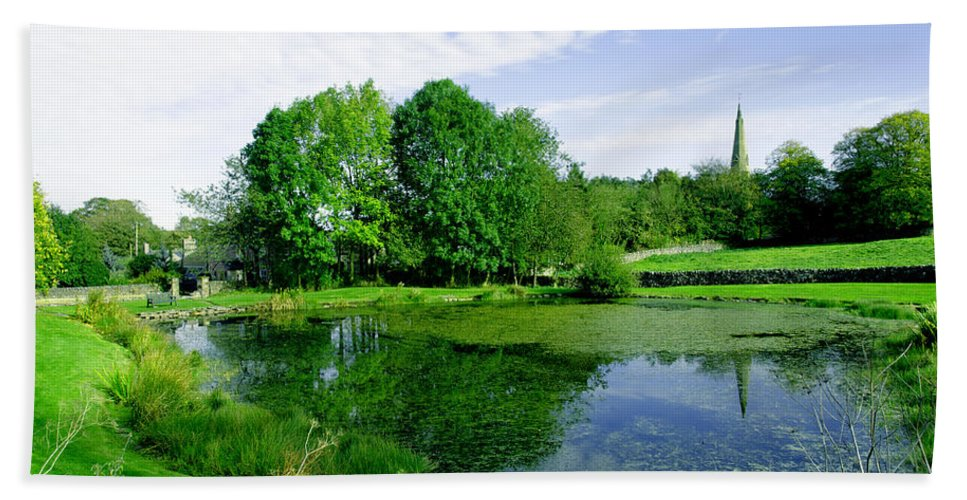Green Beach Towel featuring the photograph Fere Mere At Monyash by Rod Johnson