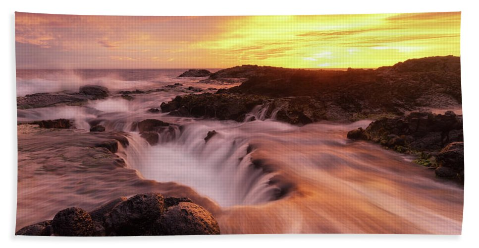 Hawaii Beach Towel featuring the photograph Fiery Sunset by Christopher Johnson