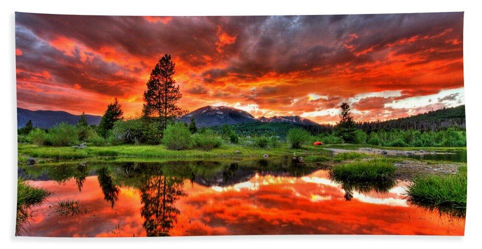 Colorado Beach Towel featuring the photograph Fiery Sunset by Scott Mahon