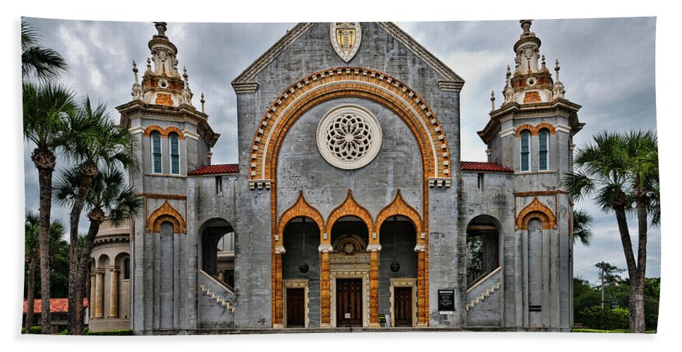 Church Beach Towel featuring the photograph Flagler Memorial Presbyterian Church by Christopher Holmes