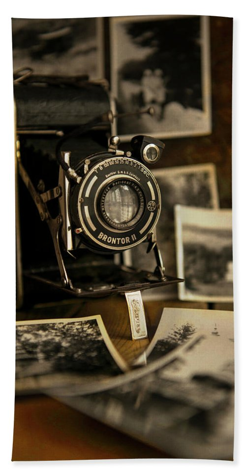 Camera Beach Towel featuring the photograph Flash From The Past by Jaroslaw Blaminsky