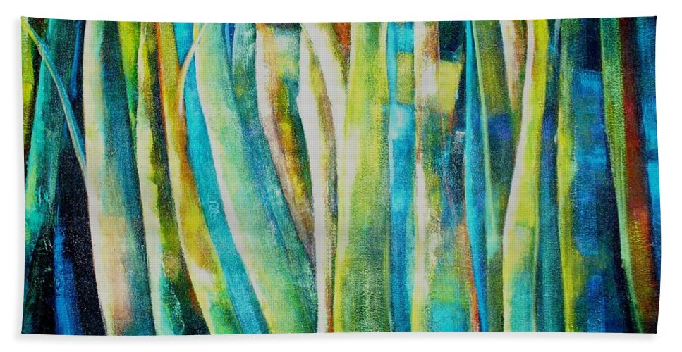 Green Forest Beach Towel featuring the painting Floresta Verde by Fernanda Cruz
