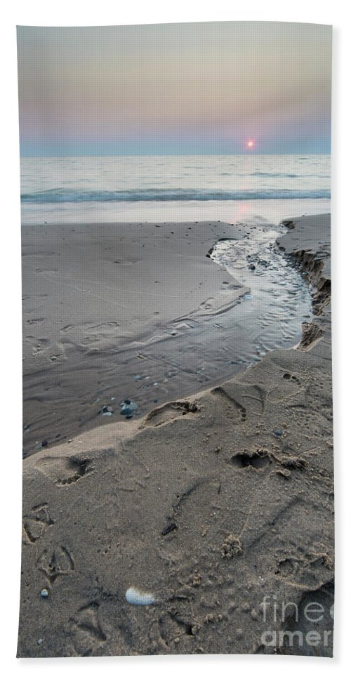 Pierport Beach Towel featuring the photograph Flowing Into Lake Michigan by Twenty Two North Photography