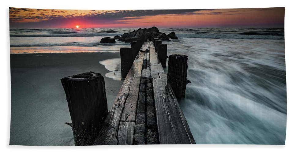 Folly Beach Beach Towel featuring the photograph Folly Beach Tale Of Two Sides by Donnie Whitaker