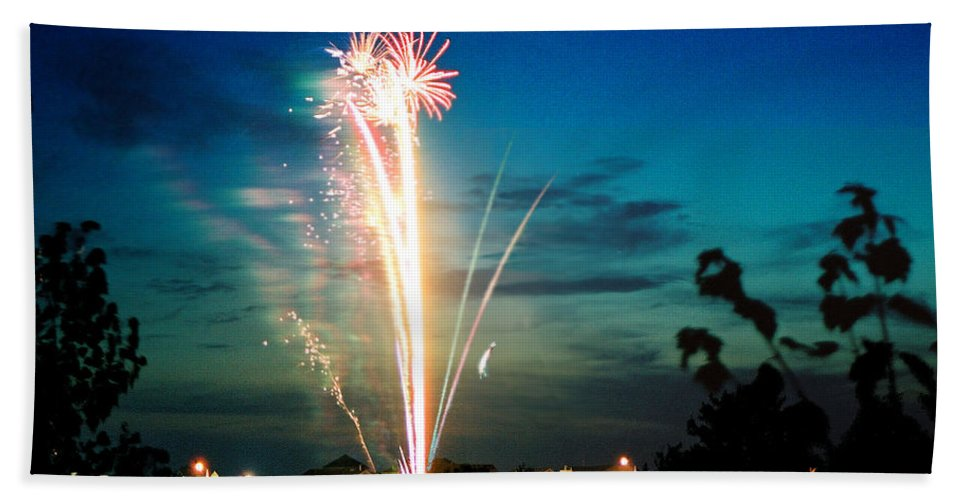 Landscape Beach Sheet featuring the photograph Fourth Of July by Steve Karol
