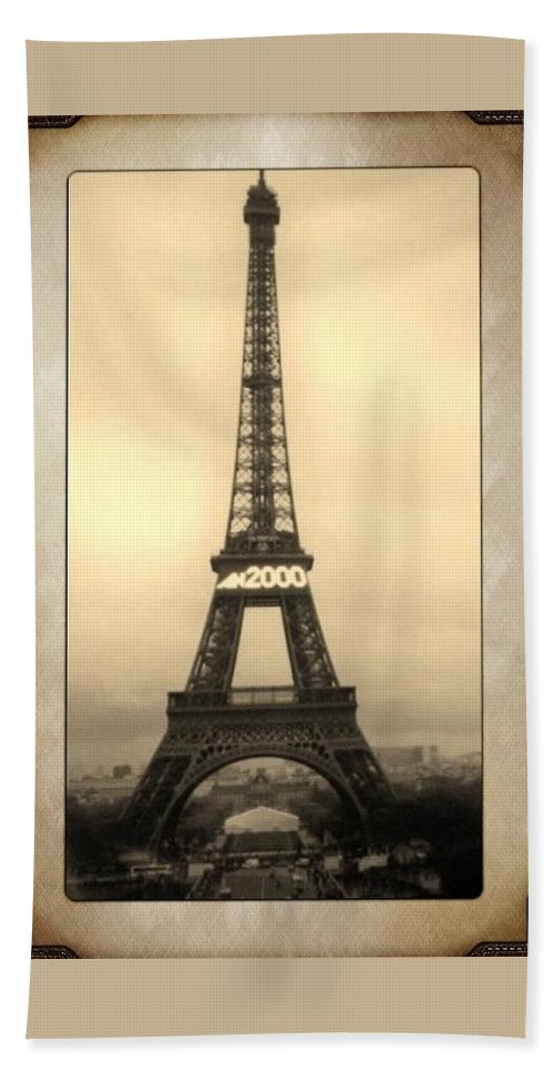 Landscape Beach Towel featuring the photograph Framed In Paris by Cathy Marley