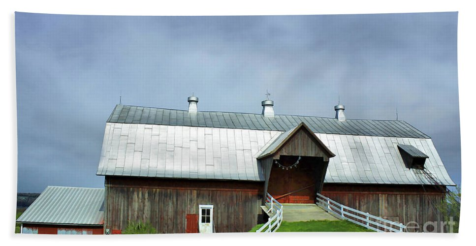 Rural Beach Towel featuring the photograph Franklin Barn By The Lake by Deborah Benoit