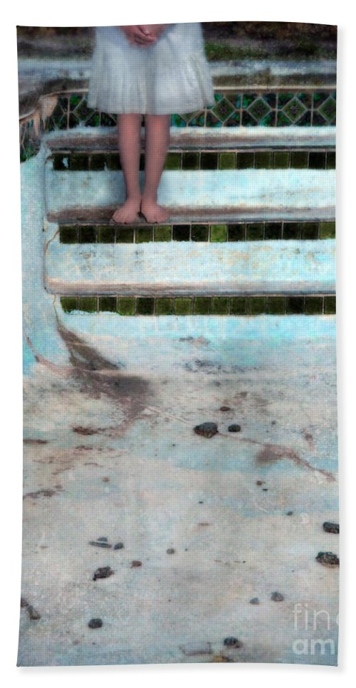 Girl Beach Towel featuring the photograph Girl On Steps Of Empty Pool by Jill Battaglia