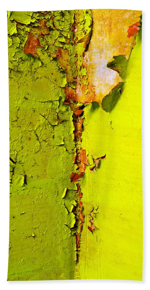 Skip Hunt Beach Towel featuring the photograph Going Green by Skip Hunt