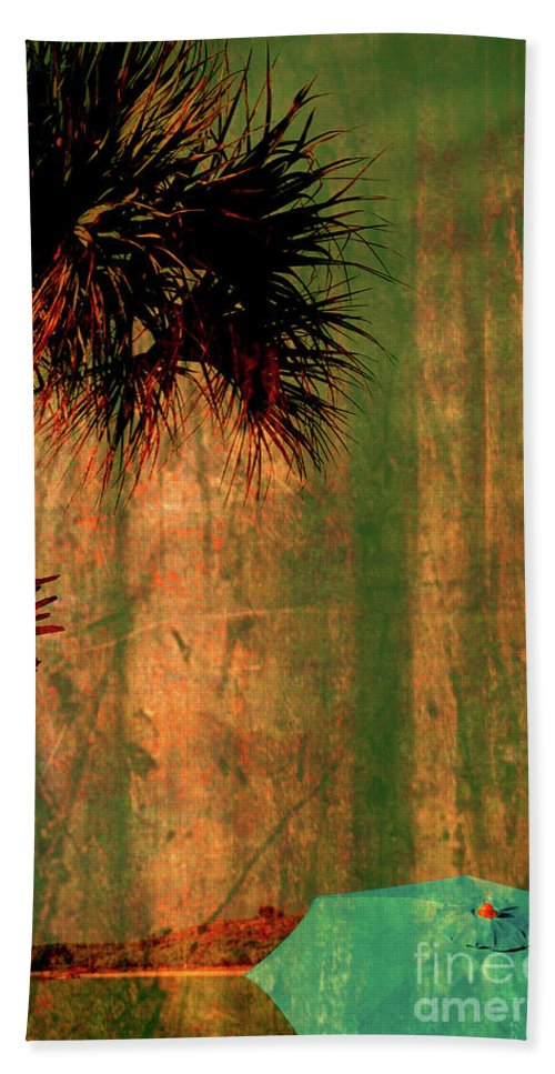 Golden View Beach Towel featuring the photograph Golden View by Susanne Van Hulst