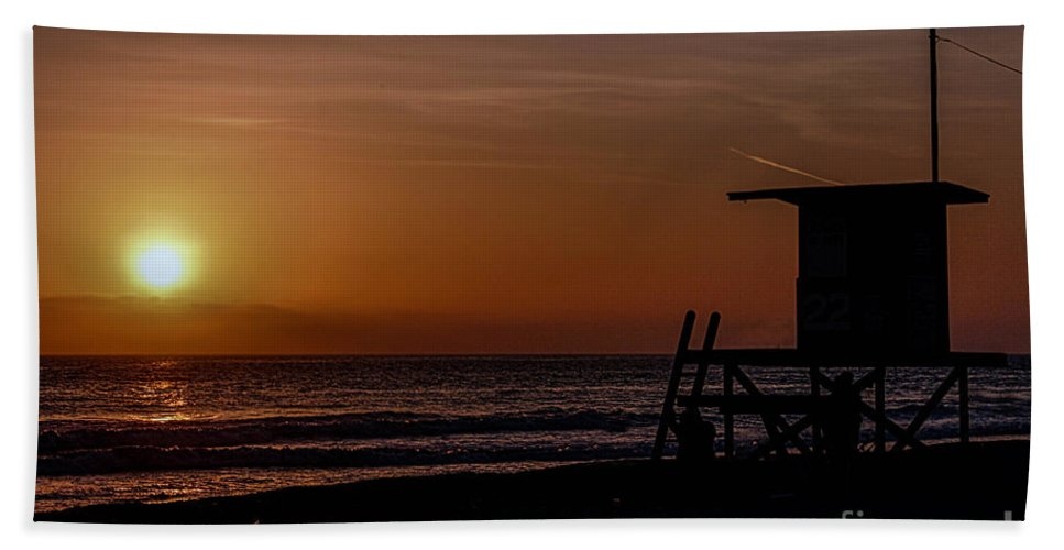 Newport Beach Beach Towel featuring the photograph Good Night Newport Beach by Tommy Anderson
