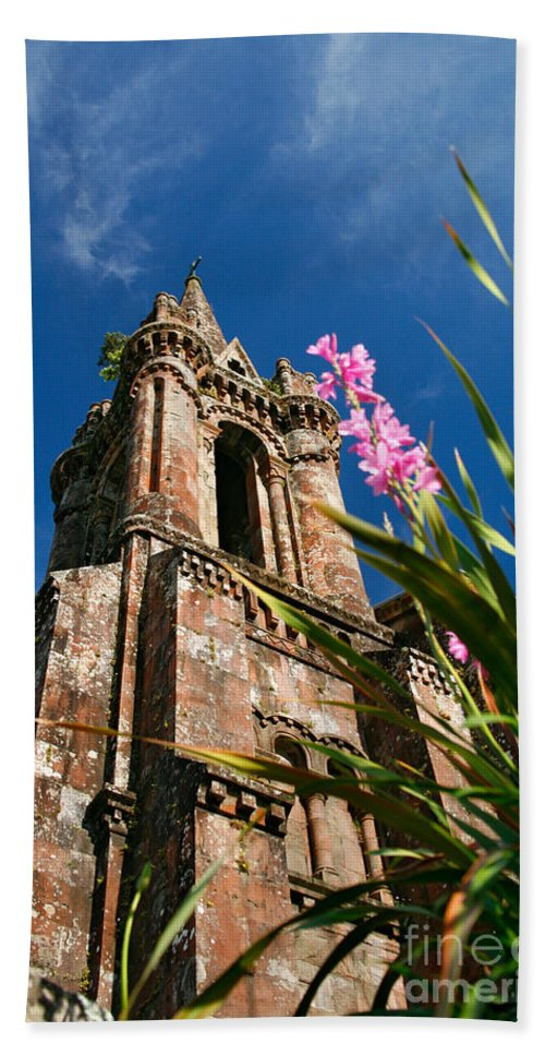 Architecture Beach Sheet featuring the photograph Gothic Chapel by Gaspar Avila