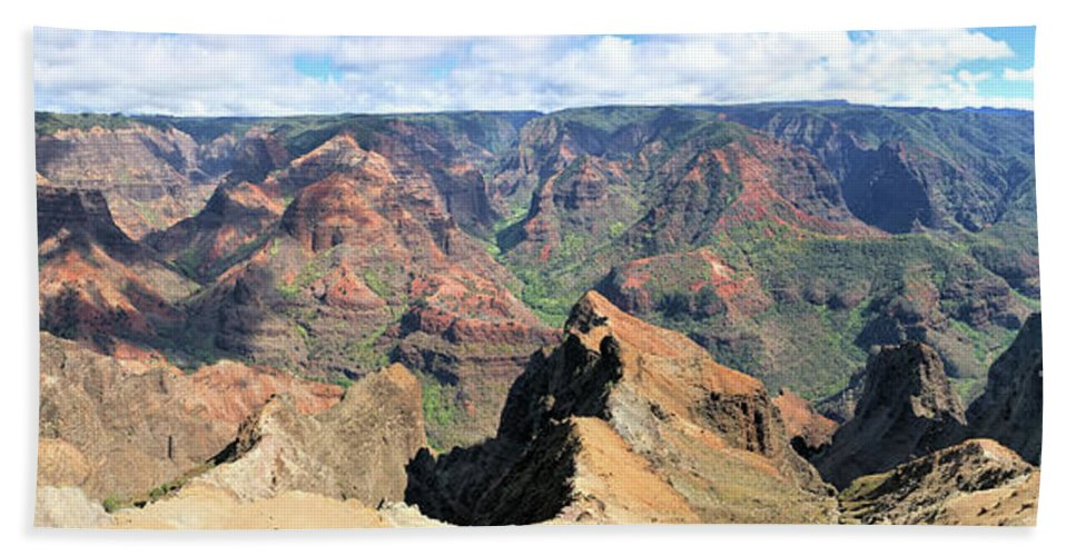 Beach Towel featuring the photograph Grand Canyon Of The Pacific by Jim Lapp