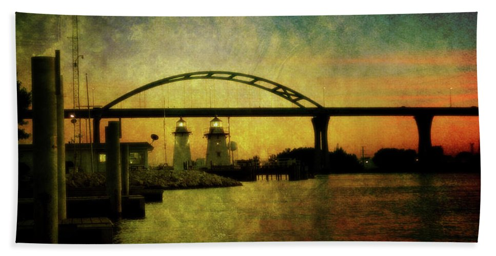 Grassy Beach Towel featuring the photograph Grassy Island Lighthouses by Joel Witmeyer