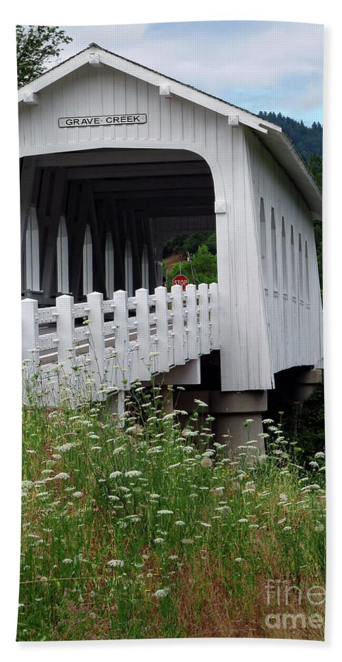 Grave Creek Covered Bridge Beach Towel featuring the photograph Grave Creek Bridge by Methune Hively