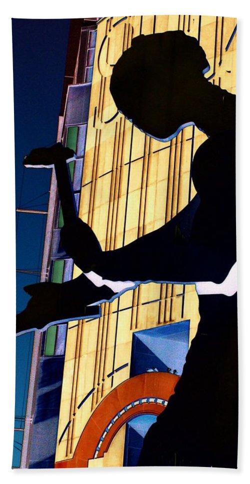 Seattle Beach Towel featuring the digital art Hammering Man by Tim Allen