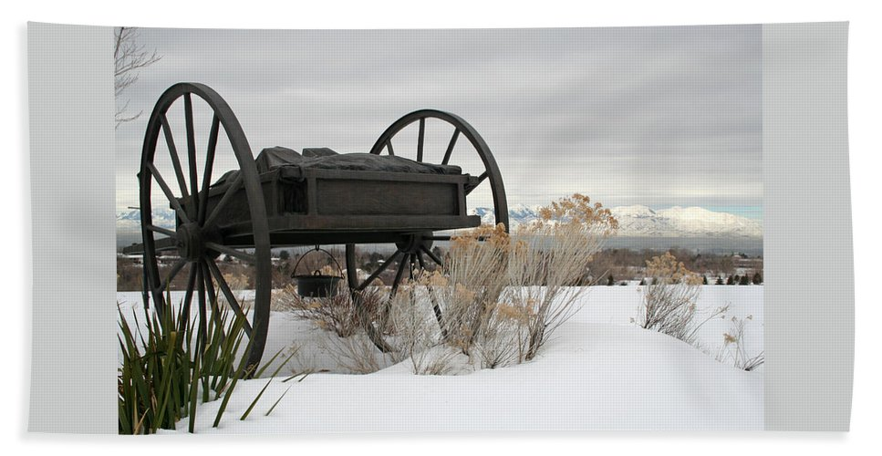 Handcart Beach Towel featuring the photograph Handcart Monument by Margie Wildblood