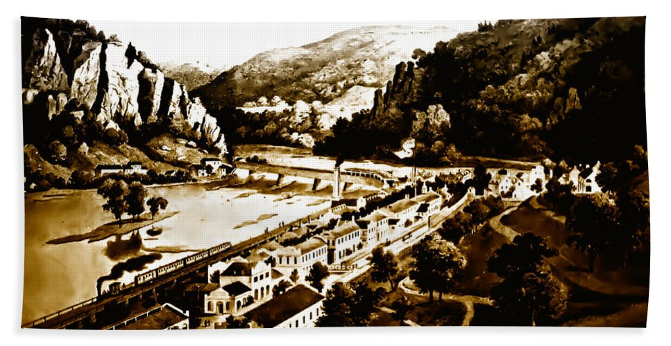 Harpers Ferry Beach Towel featuring the photograph Harpers Ferry by Bill Cannon