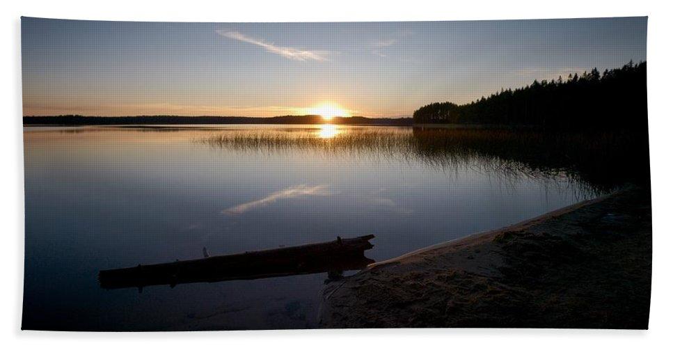 Lehtokukka Beach Towel featuring the photograph Haukkajarvi Evening by Jouko Lehto