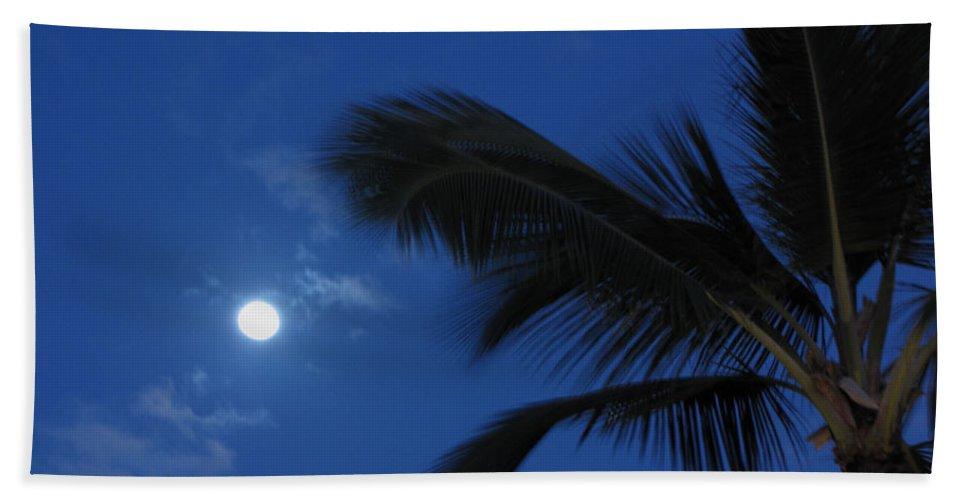 Moon Beach Towel featuring the photograph Hawaiian Moon by Sarah Houser