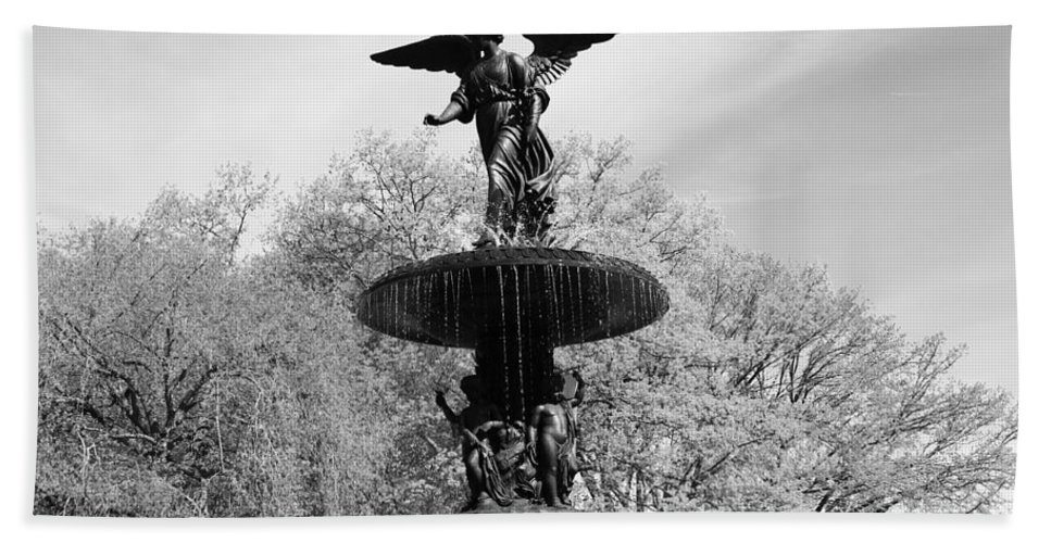 Bethesda Fountain Beach Towel featuring the photograph Head Down by Catie Canetti