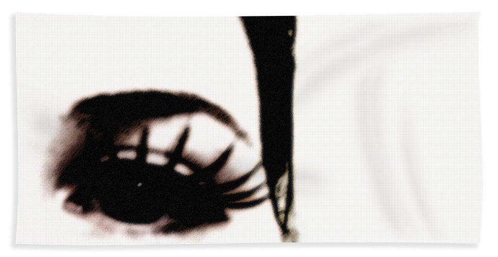 Eye Beach Sheet featuring the photograph Hello by Amanda Barcon