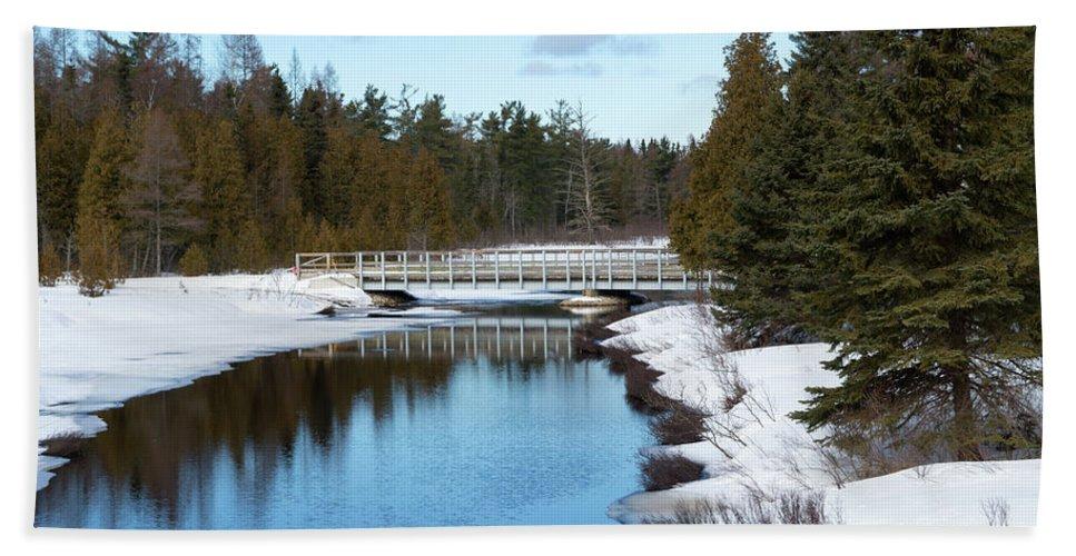 Hickey Creek Beach Towel featuring the photograph Hickey Creek by Linda Kerkau