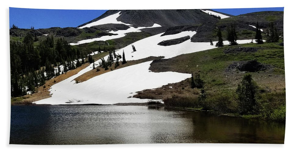 Hiram Peak Beach Towel featuring the photograph Hiram Peak Glaciers by Aaron James