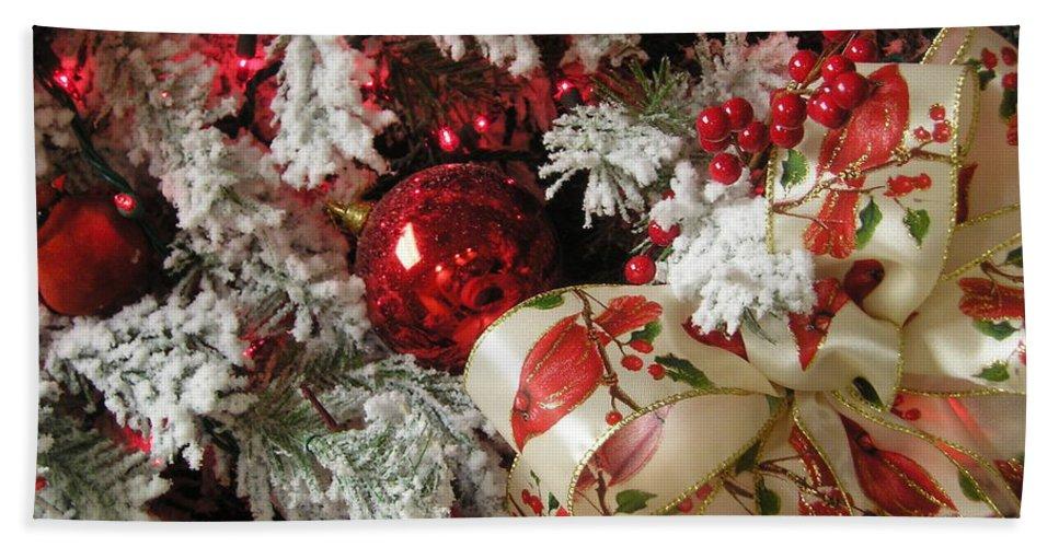 Tree Beach Sheet featuring the photograph Holiday Cheer I by Maria Bonnier-Perez