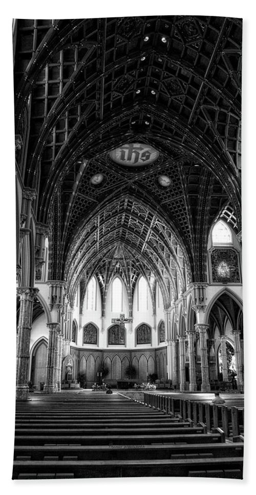 Holy Name Cathedral Beach Towel featuring the mixed media Holy Name Cathedral Chicago Bw 04 by Thomas Woolworth